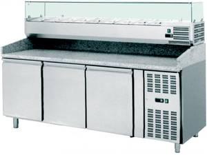 Pizzatechnik: Pizzakühltisch 3 Türen, Kühlaufsatzvitrine